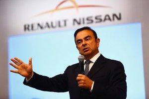 Nissan требует от Renault равноправия